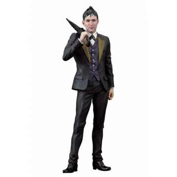 ESTATUA OSWALD CHESTERFIELD COBBLEPOT DC (GOTHAM) - TV ARTFX